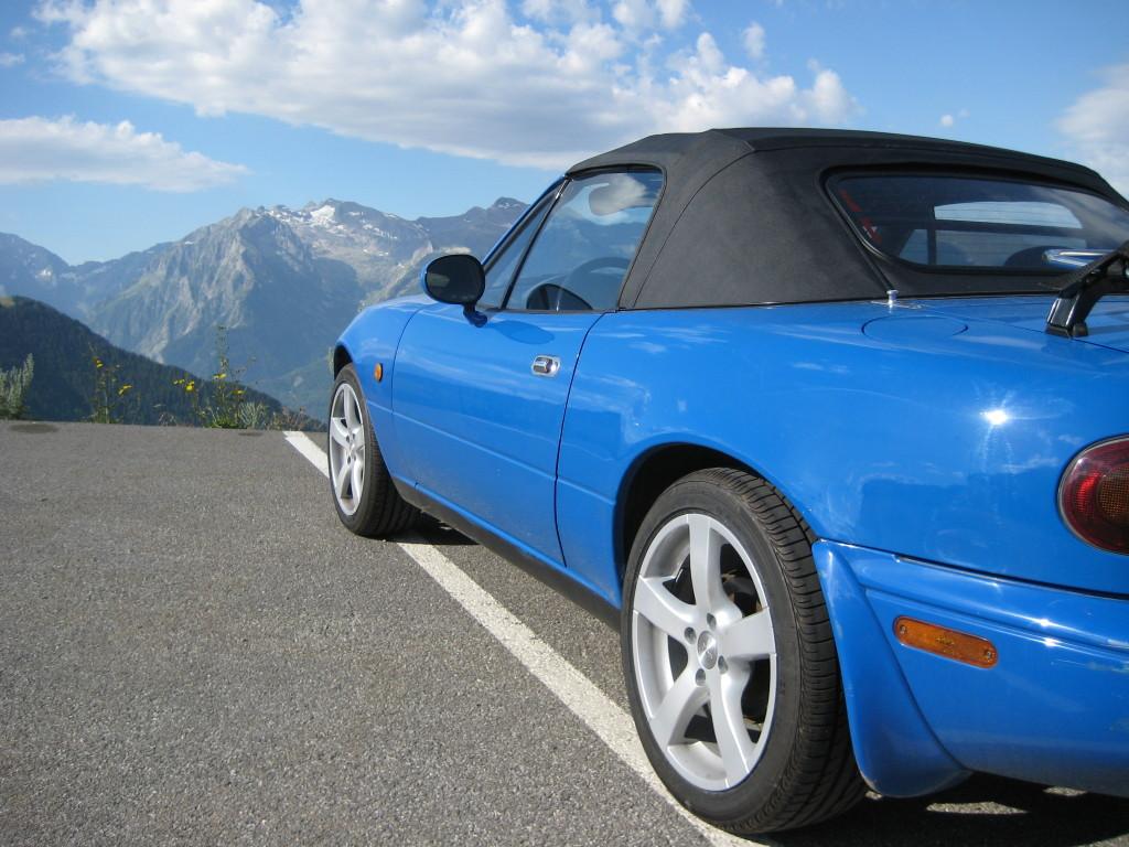 Mazda NA i Alperne